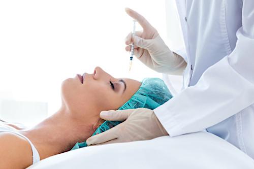 Mezoterapia igłowa - jak wygląda zabieg mezoterapii, dla kogo?