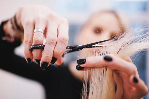 Grzybice rąk, stóp, paznokci i włosów - przyczyny, objawy, leczenie